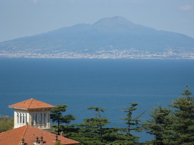 Der Vesuv am Golf von Neapel